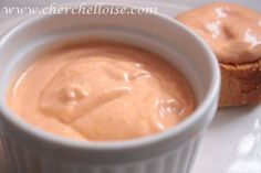 la rouille « sauce » Sauce facile à faire pour accompagner bouillabaisse et soupe de poisson Ingrédients : -mayonnaise du commerce ou ma recette facile ici - 2 gousses d'ail -1 pointe de safran en poudre, 1 pointe de paprika, 1 pointe de harissa (selon...