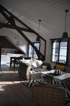 gite design en bord de mer binic - Les Maisons de Victoire Digue, Conference Room, Table, Design, Furniture, Home Decor, Vintage, Brittany, Glamour
