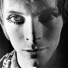 David Bowie's Ziggy Stardust 40th Anniversary Reissue!
