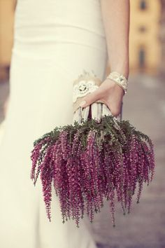 Wedding bouquet ideas - for a beautiful alternative to flowers use this gorgeous purple heather. Would create a loose informal bouquet perfect for any forest or rustic wedding. Lavender Bouquet, Purple Wedding Bouquets, Wedding Flower Arrangements, Bridal Bouquets, Hibiscus Bouquet, Bouquet Flowers, Lavander, Wedding Colors, Floral Arrangements