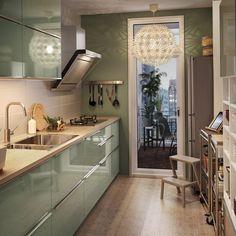 Cuisine fermée : nos arguments pour la préférer Kitchen Room Design, Modern Kitchen Design, Kitchen Layout, Home Decor Kitchen, Interior Design Kitchen, Kitchen Furniture, Home Kitchens, Kitchen Ideas, Stylish Kitchen