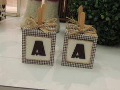 Caixa para pão de mel no palito decoraçao com letra papel de scrapbook…