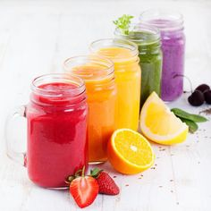 7 Pre-Workout Snacks For Those Fitness Freaks! - Binge by Eatfresh Different Fruits And Vegetables, Fruit And Veg, Fussy Eaters, Picky Eaters, Organic Fruit, Fruit Juice, Breakfast Time, Healthy Kids, Hot Sauce Bottles
