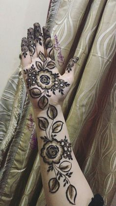 Full Mehndi Designs, Floral Henna Designs, Arabic Henna Designs, Wedding Mehndi Designs, Mehndi Design Pictures, Beautiful Henna Designs, Mehndi Images, Henna Mehndi, Henna Art