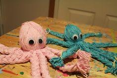 Wendy Mac designs stuff....: Yarn Octopus!