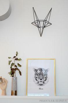 Diy straw fox head Baby Boy Rooms, Baby Boys, Diy Straw, Art Projects, Fox Head, Interior Design, Inspiration, Space, Home Decor