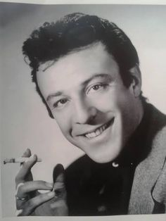 Münir Özkul. Turkish Actors, Good Old, Famous People, Actors & Actresses, Nostalgia, Writer, Cinema, Singer, Stars