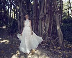 halter neck top paired with flowy chiffon wedding dress | itakeyou.co.uk #wedding #weddingdresses #weddingdress #weddinggown #limorrosen