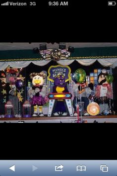 This was the Chuck E. Cheese that I remember...