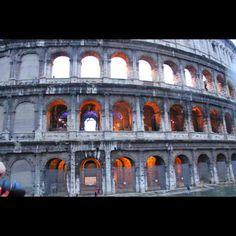 Fotos de Viagem Coliseo luzes internas Roma 2010 #italy #italia #rome #roma #nofilter