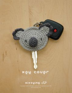 """Keep your keys warm with this knitted <a href=""""https://go.redirectingat.com?id=74679X1524629"""