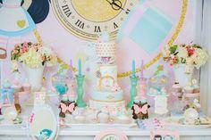Alice In Wonderland Birthday Party Ideas | Photo 1 of 75