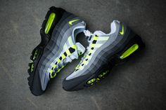 Air Max 95 Black Off. the Cheapest Air Max 95 Ultra SE, Ultra Essential, Utra Jacquard and Other Colorways. Nike Shoes Cheap, Nike Free Shoes, Nike Shoes Outlet, Running Shoes Nike, Cheap Nike, Neon Sneakers, Sneakers Mode, Air Max Sneakers, Sneakers Fashion