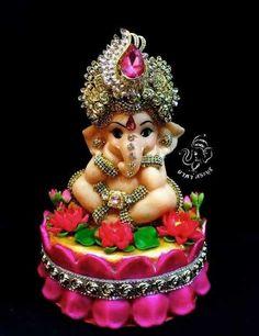 Shri Ganesh Images, Ganesh Chaturthi Images, Sri Ganesh, Ganesh Lord, Krishna Hindu, Ganesha Pictures, Happy Ganesh Chaturthi, Shiva, Durga Maa