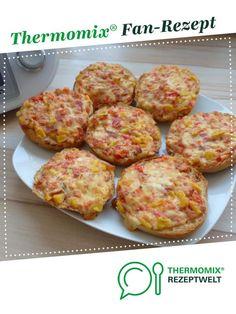 Pizzabrötchen / Gemüse-Schmand-Brötchen / Pizzasemmeln von Mia.Stella. Ein Thermomix ® Rezept aus der Kategorie Brot & Brötchen auf www.rezeptwelt.de, der Thermomix ® Community.