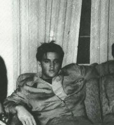 "Elvis Presley 1955 ""Whew! So many girls ,right?"" But some body's gotta do it!"""