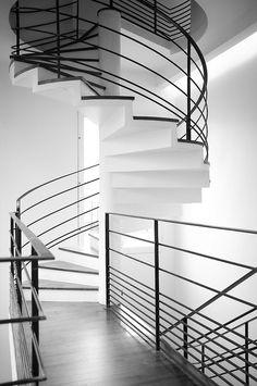 Escalier de la Fondation Cartier-Bresson by jeroml, via Flickr