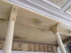 Au Fidèle Berger -Vichy..restauration plafond.