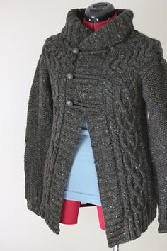 Welfordpurls' truffle jacket  original pattern: http://www.ravelry.com/patterns/library/truffle-cardigan-tutorial