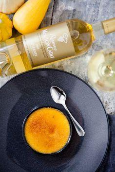 Knallgelbe Kürbis Crème brûlée zum Réserve Mouton Cadet – farbenfrohes Bordeaux {Reklame}