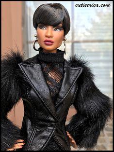 Rerooted with a short cut. Beautiful Barbie Dolls, Pretty Dolls, Cute Dolls, Afro, Fashion Royalty Dolls, Fashion Dolls, Vintage Barbie, Barbie Stil, Diva Dolls