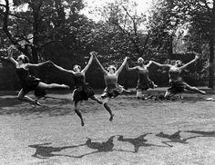 Margaret Morris - Dancing, Photographs by Fred Daniels