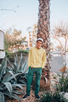 A Sidewalk talk with Young Aussie musician Ruel - C-Heads Magazine Beautiful Boys, Pretty Boys, Perfect Boy, Poses, Hot Boys, Handsome Boys, To My Future Husband, Cute Guys, Love Of My Life