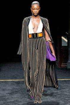 This is beautiful... can't sport the top but maybe the rest...Balmain Fall 2015 RTW Runway