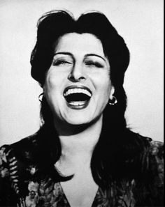 anna magnani the Italian earth mother! Italian Actress, Italian Artist, Divas, Anna Magnani, Cinema, Intelligent Women, Believe, Italian Beauty, Best Actress
