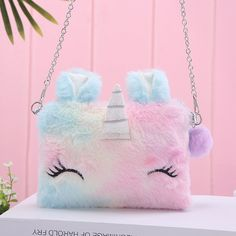 May 2020 - Bring some magic to your daily outfit combination by having this stunning Unicorn Plush Shoulder Bag ?✨ Unicorn Bedroom Decor, Unicorn Rooms, Unicorn Gifts, Cute Unicorn, Unicorn Outfit, Cute Purses, Purses And Bags, Cute Mini Backpacks, Unicorn Fashion