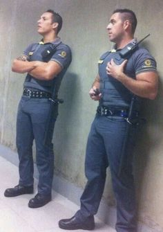 Cop Uniform, Men In Uniform, Sexy Military Men, Cristino Ronaldo, Hot Cops, Police, Hunks Men, Good Looking Men, Bearded Men