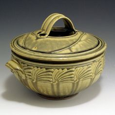 AshGlazed Sliptrailed  2Quart Casserole by baumanstoneware on Etsy, $76.00
