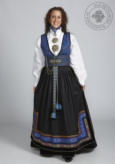 Beltestakk fra Telemark - BunadRosen AS Folk Costume, Costumes, Costume Ideas, Classy Outfits, Classy Clothes, Beautiful Anime Girl, Character Outfits, Ethnic Fashion, High Waisted Skirt