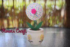 { Easy Flower Craft }