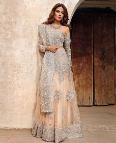 Indian fashion has changed with each passing era. The Indian fashion industry is rising by leaps and bounds, and every month one witnesses some new trend o Asian Bridal Dresses, Indian Bridal Outfits, Pakistani Bridal Dresses, Pakistani Wedding Dresses, Indian Fashion Dresses, Indian Gowns, Pakistani Outfits, Pakistani Couture, Wedding Lehnga