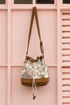 Bolsa Saco Floral <3 Maria Tangerina
