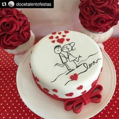 tanned 68 comments Tips from Official Confectionery … – Sweet World Ideas Anniversary Cake Designs, Anniversary Dessert, Happy Anniversary Cakes, 40th Wedding Anniversary Cake, Fondant Cakes, Cupcake Cakes, Aniversary Cakes, Rodjendanske Torte, Chocolate Hazelnut Cake