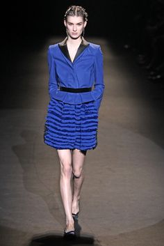 Alberta Ferretti RTW Fall 2013 - Slideshow