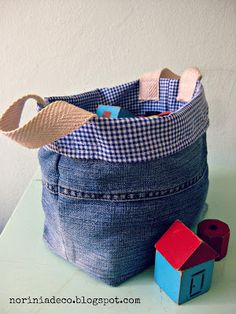 sewing tutorial for bag from old jeans ♥