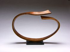 The curves are so relaxing and the copper so lovely. Sculpture by Cheryl Williams. Photo courtesy of Pinnacle Gallery, Scottsdale, AZ. Black Vase, Amethyst Geode, Black Stainless Steel, Ikebana, Unique Art, Buy Art, Glass Art, Art Pieces, Copper