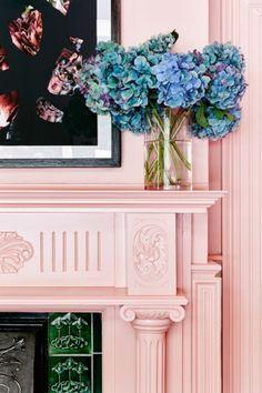 Pantone colours rose quartz and serenity Interior design ideas Pastel Room, Pink Room, Murs Roses, Interior Inspiration, Design Inspiration, Design Ideas, Deco Rose, Rose Quartz Serenity, Mantels Decor