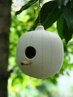 birdhouse Color Glaze, Pet Bowls, Bird Houses, Bird Feeders, Christmas Bulbs, Shapes, Holiday Decor, Outdoor Decor, Projects