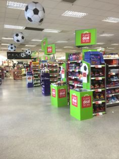 World Cup - Co-Op - Themed Display - Promotions - Supermarket - Grocery - Flags - Visual Merchandising - www.clearretailgroup.eu