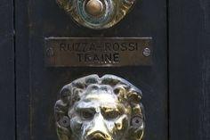 G24-18_venice_doorbells