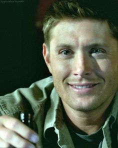 8x05 Blood Brother - wow I missed this smile!