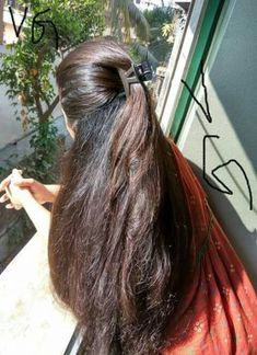 Best hair goals brown curls ideas Best Picture For christmas centerpieces For Your Taste You are looking for something, and it is going to tell you exactly what you … Indian Hairstyles, Weave Hairstyles, Cool Hairstyles, Long Black Hair, Dark Hair, White Hair, Blue Hair, Beautiful Long Hair, Gorgeous Hair