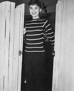 La mode passe, le style reste.: Audrey Hepburn, un'intramontabile icona di stile
