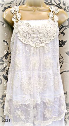 lace.. vintage vibe
