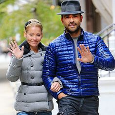 SUNNY SALUTATIONS photo | Kelly Ripa, Mark Consuelos