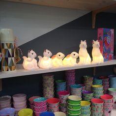 Nos veilleuses lapins et écureuils. Be Pop & Loula boutique, rétro, bijoux, accessoires, jouets, objets vintage, déco.